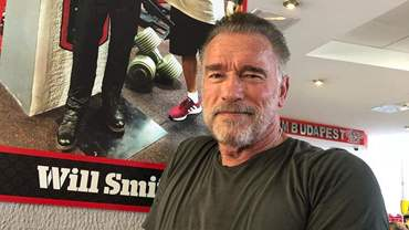 Check-How-a-Routine-Training-of-71-year-old-Arnold-Schwarzenegger-Looks