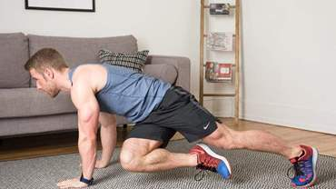 BODYWEIGHT-MOVES_MOUNTAIN-CLIMBER-TWIST_FEATURE-scaled